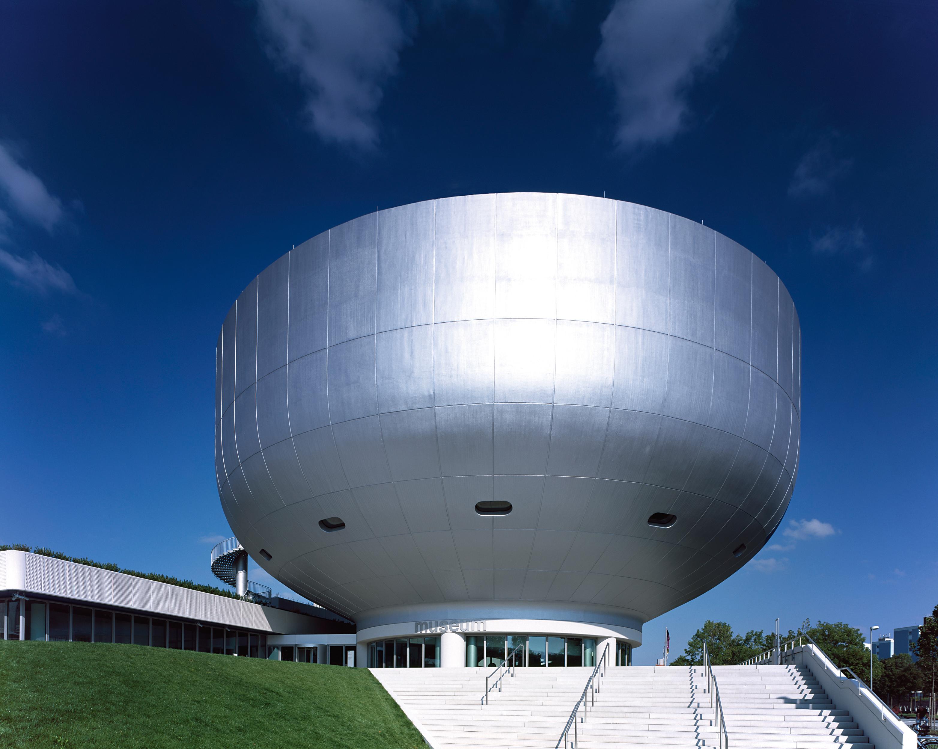 2014: Auf Exkursion im BMW-Museum